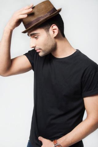 Dancer Navid Charkhi